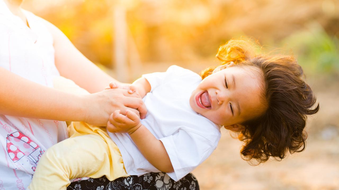 Bermain Permainan Tradisional Baik untuk Kesehatan dan Kecerdasan Anak